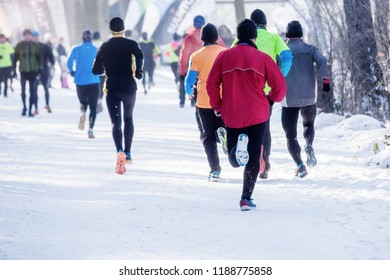 running in winter,  cross country runners