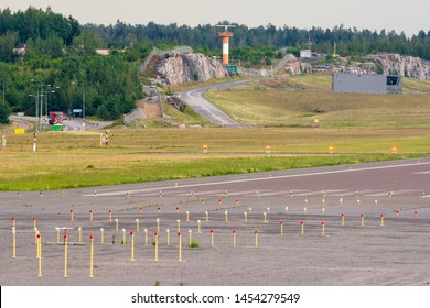 Approach Lights Images, Stock Photos & Vectors | Shutterstock