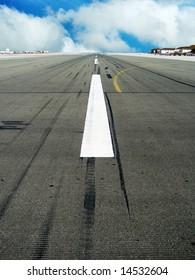 runway road