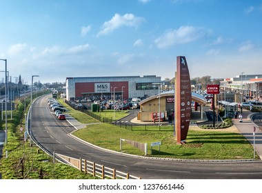 Rushden,Northamptonshire,England on 21st Nov 2018:Rushden Lakes is the new out of town shopping centre on the A45 near Northampton. Some of the Uk's major brands all have a presence on the site