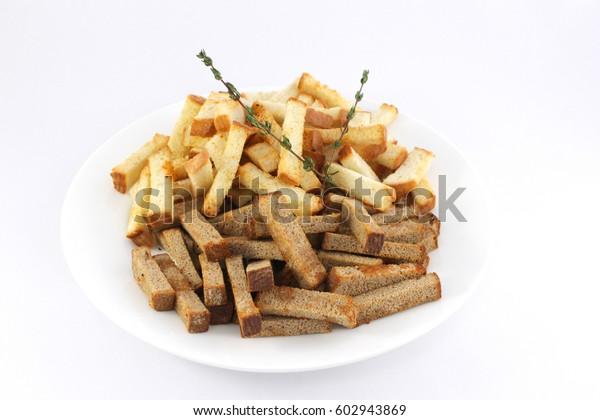 Rusks with seasonings and garlic