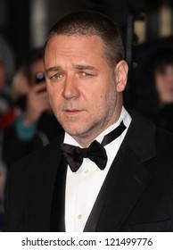 Russell Crowe arriving for the premiere of 'Les Miserables' at Leicester Square, London. 05/12/2012 Picture by: Alexandra Glen