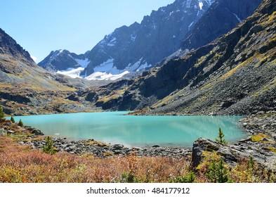 Russia, Altai mountains, lake Kuyguk (Kuiguk) in autumn