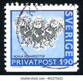 RUSSIA KALININGRAD, 20 OCTOBER 2013: stamp printed by Sweden, shows Girls, circa 1987