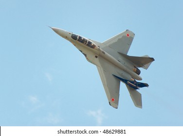 RUSSIA, MAKS - AUGUST 28: MIG-35 fighter performing aerobatic elements at MAKS  aviation salon August 28, 2007 in Zhukovski, Russia