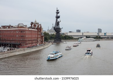RUSSIA, MOSCOW - 14 AUGUST 2016. Motor ships on the Moscow river