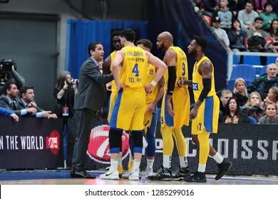 Russia. Moscow. Arena Megasport. January 11, 2019 ã. Coach Ioannis Sfairopoulos and players of Maccabi during the Euroleague basketball match 2018/2019 between CSKA (Russia) vs Maccabi (Israel)