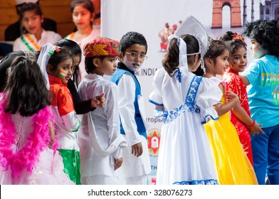 RUSSIA, MOSCOW - AUGUST 16, 2015: Unidentified artists of Harshi balani indian folk collective dance on a scene on Independence Day of India in Sokolniki park, Moscow, Russia