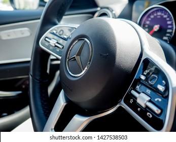 Car Horn Logo Images, Stock Photos & Vectors | Shutterstock
