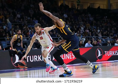Russia. Moscow Region. Arena Mytishchi. November 14, 2019. Sergio Rodriguez & Devin Booker during the Euroleague basketball match 2019/2020 between Khimki (Russia) & Olimpia Milan (Italy)
