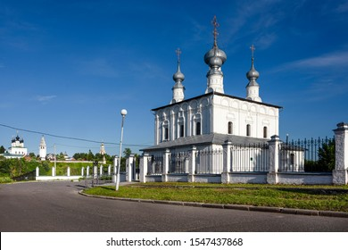 Russia, Vladimir Oblast, Golden Ring, Suzdal: Panorama view of famous Peter and Paul church next to Intercession Convent with blue sky in the center of one of the oldest Russian towns - religion