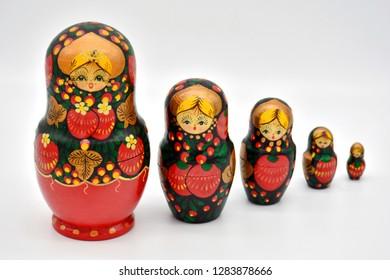russian dolls matrioska