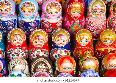 Russian dolls for sale in Moscow