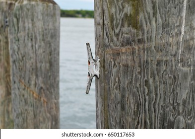 Dock Pilings Images, Stock Photos & Vectors | Shutterstock