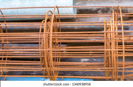 Rust on Roll of wire mesh steel pattern on site work