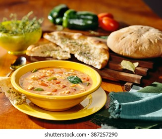Rustic Italian soup with bread