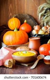 Rustic pumpkin soup