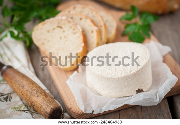 Rustic Style Goat Cheese with Bread