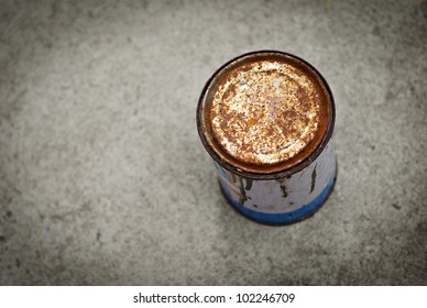 Rusty Can Background