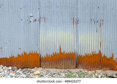 rusty metal wall texture background