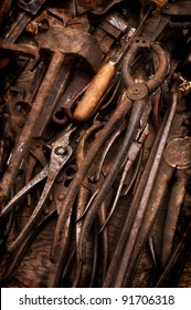 Rusty Old Tools - vintage effect