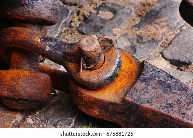 Rusty shackle