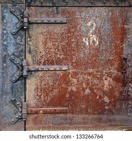 how to clean rusty metal hinges