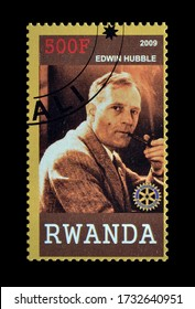 RWANDA - CIRCA 2009 : Cancelled postage stamp printed by Rwanda, that shows Edwin Hubble, circa 2009.