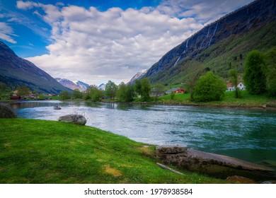 Rzeka Stryneelva przepływająca przez Stryn, a municipality in the county of Vestland in Norway. - Shutterstock ID 1978938584