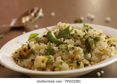 Sabudana khichdi is a light dish made with sabudana. Usually eaten most during fasting days like Navratri or mahashivratri or Ekadasi.