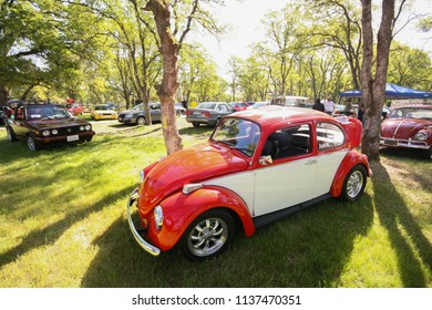 Sacramento, CA - April 5, 2009: Volkswagon cars participating in VW Ranch Run. Auto show outdoors, with classic vintage VW beetles.