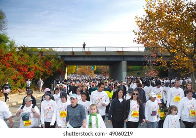 SACRAMENTO, CA - NOVEMBER 26: Huge crowd walking in the annual Thanksgiving Day Run to Feed the Hungry on November 26, 2009 in Sacramento, California.