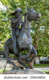 SACRAMENTO, CALIFORNIA/USA - AUGUST 5 : Pony Express statue in Sacramento on August 5, 2011