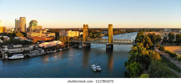 Sacramento Downtown by the river and tower bridge