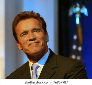 SACRAMENTO - JAN 5: Arnold Schwarzenegger swearing in ceremony at the Memorial Auditorium, Sacramento, California on 5 January 2007.