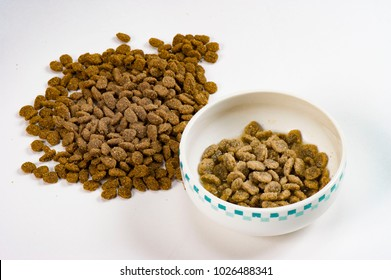Safe and nutritious pet food