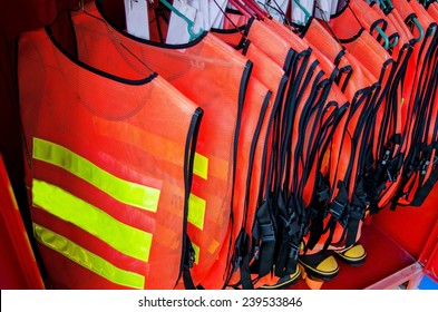 Safety Equipment Fire Cloth for Firefighter. Safety Fire suit in manufacture. lnternational Standard Safety Control