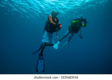 safety stop on diving... Maldives