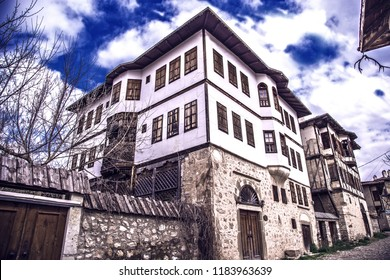 Safranbolu is a Unesco world heritage city since 1994. You can see old traditional Turkish and ottoman houses in over there. There is a beautiful sample of them in this picture.