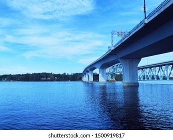 The Sagadahoc Bridge and The Carlton Bridge between the City of Bath and the town of Woolwich, Maine, carrying U.S. Route 1 (US 1) over the Kennebec River.