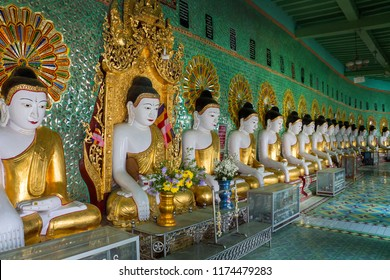 Sagaing. Myanmar. 02.01.13. The row of Buddha images in U-Min Thonze Cave on Sagaing Hill in Myanmar (Burma).