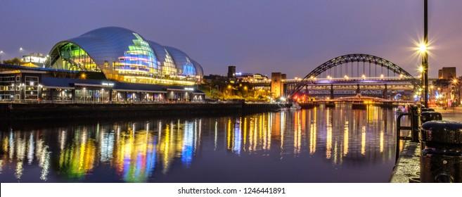 The Sage Gateshead and the Tyne Bridge, Newcastle Upon Tyne
