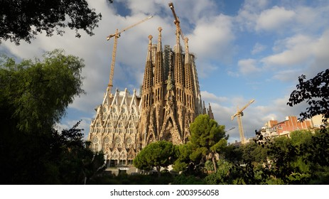 Sagrada Familia, is a large unfinished Roman Catholic minor basilica in the district of Barcelona, Catalonia, Spain.