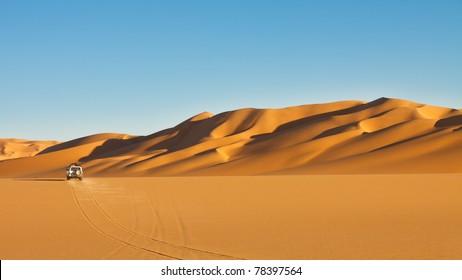 Sahara Desert Safari Adventure - Off-road vehicle driving in the Awbari Sand Sea, Libya