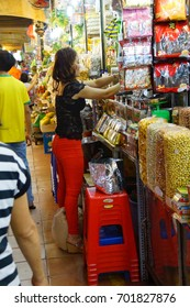 SAIGON - FEB 5, 2015 - Early morning activity at the Ben Thanh market, Saigon (Ho Chi Minh City), Vietnam