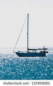 sailing boat on the ocean with clear sky