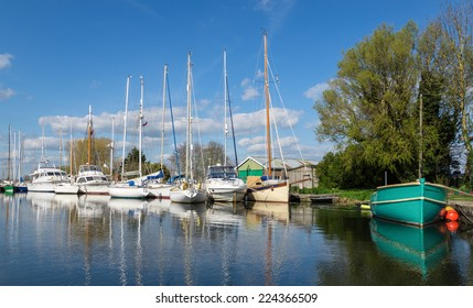 Sailing Boats and Yachts on the Exeter Canal at Turf Lock