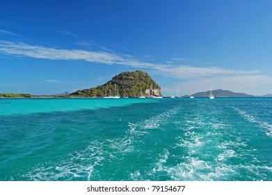 Sailing on Caribbean sea near Union island