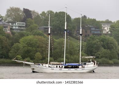 The sailing ship Minerva leaves the port of Hamburg on May 10, 2019.
