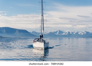 Sailing a yacht in Norway